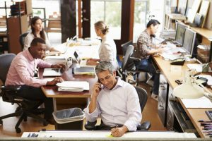 6 Benefits & Challenges To Open Offices In The Workplace
